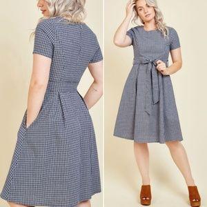 NWT Modcloth Mo:Vint Plaid Dress Small